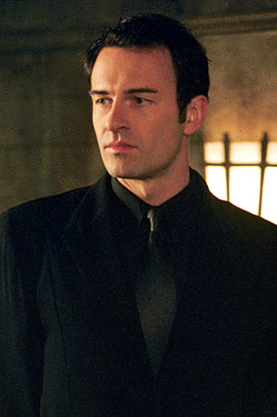 Julian Mcmahon cole 